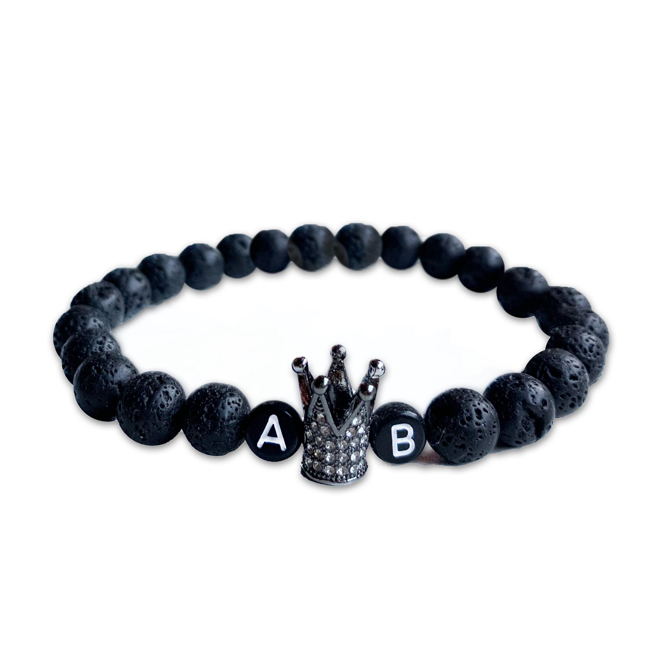 Čierny lávový s iniciály a korunou